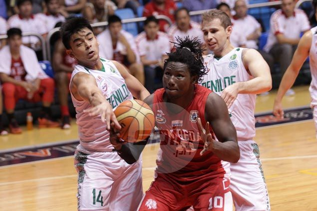 Red Lions lose double-digit lead but rally in fourth to get past Blazers