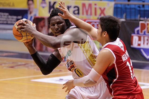 Hapee squeaks past MP Hotel to gain twice-to-beat advantage in D-League quarterfinals