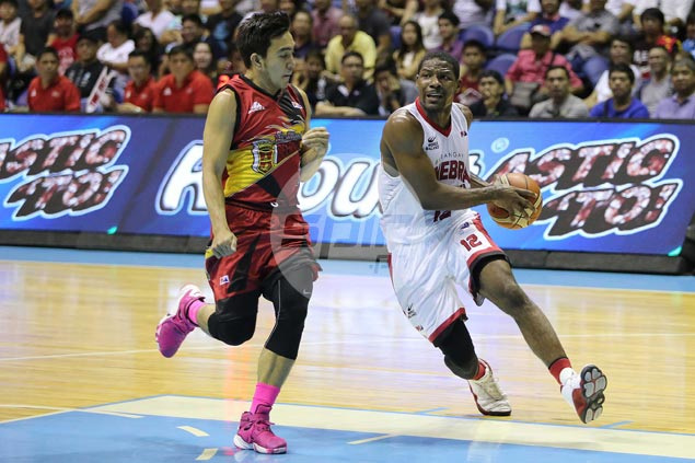 Ginebra overpowers full-strength San Miguel Beer to clinch quarterfinal berth