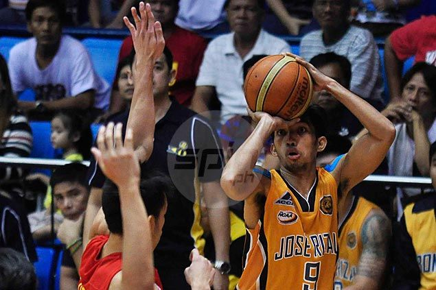 JRU Bombers survive San Sebastian Stags to clinch first Final Four berth in three years