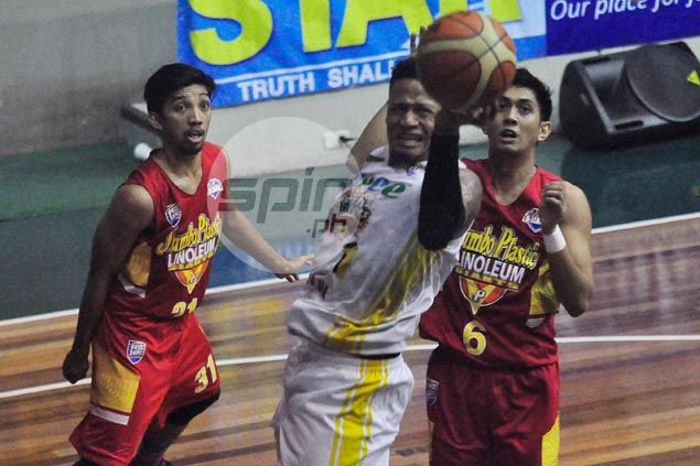 Hapee cuts Jumbo Plastic down to size, keeps D-League record unmblemished