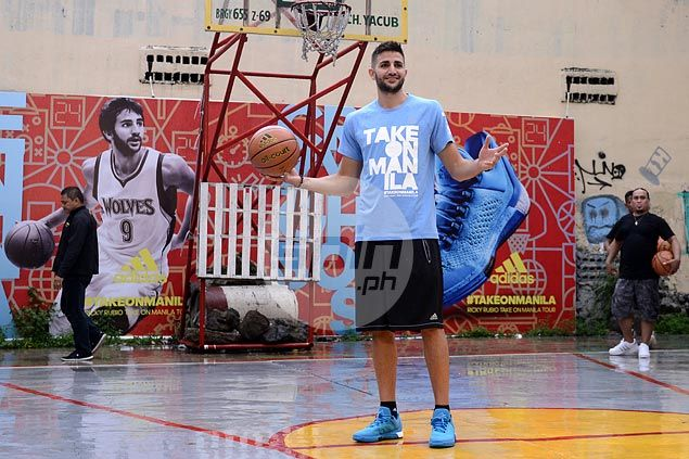 Ricky Rubio braves rains to visit Rizal Park, interact with fans in Manila