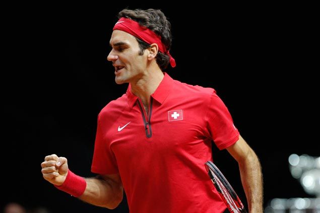 Roger Federer eases into 2015 with light assignment in Brisbane International opener