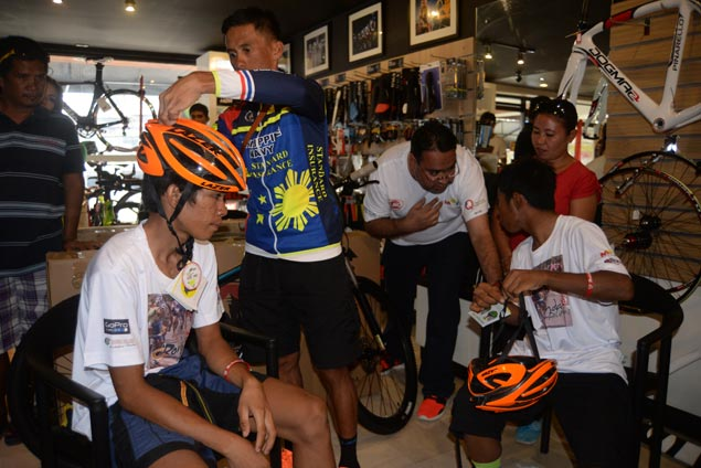 With new gear from organizers, two budding riders from Mindanao look to match pace with big guns as Ronda goes to Visayas