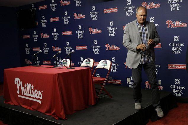Ryne Sandberg resigns as manager of MLB-worst Philadelphia Phillies