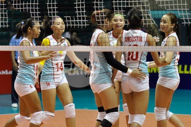 Shopinas whips Mane N Tail for a split of back-to-back matches