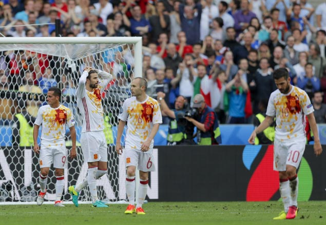 Latest failure highlights Spain's need to revamp successful but aging squad