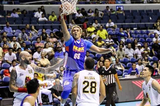 NLEX evergreen center Asi Taulava plays down career rebounding milestone