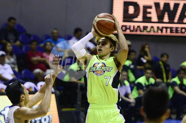 Double celebration for former FEU star Terrence Romeo as GlobalPort nips NLEX