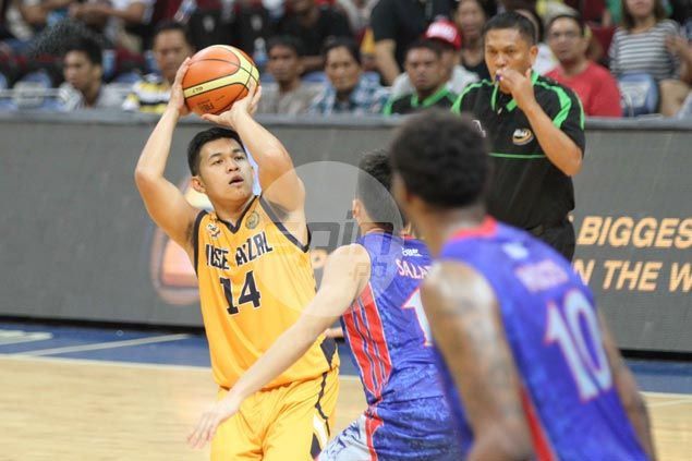 Tey Teodoro's 30 points help JRU Bombers grab first win in Fr. Martin Cup