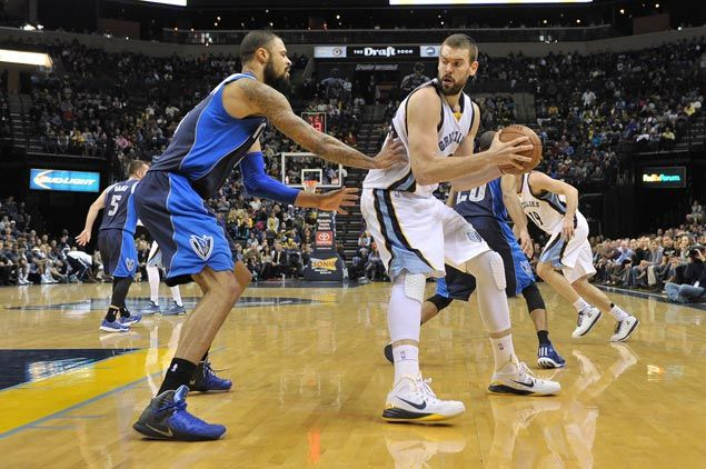 Marc Gasol shines as Grizzlies survive rain of treys from Mavericks