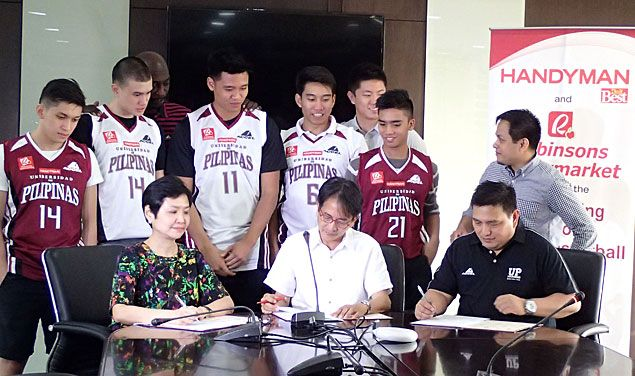 Handyman, Robinsons Supermarket renew sponsorship deal with UP Fighting Maroons
