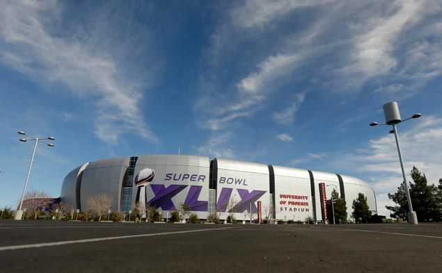 Super Bowl host city Glendale suffering deep financial problems over effort to become sports destination
