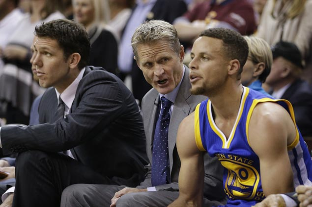 Warriors searching for answers to end streak of postseason blowout losses ahead of Game 4