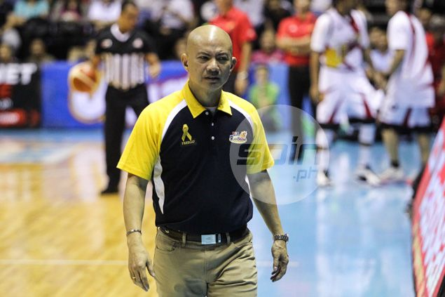 Coach Yeng Guiao fined P35,000 for statements on officiating, flashing middle finger