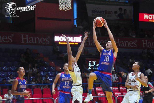 Thanks to the late Gilbert Bulawan, Arellano gets hands on promising big man Fermin