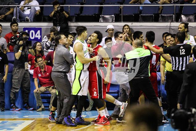 Jay Washington gives Abueva cold shoulder after game, accuses him of 'playing dirty'