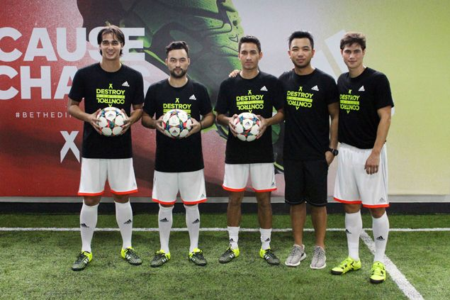 Younghusband brothers, top players put new adidas football shoes through its paces
