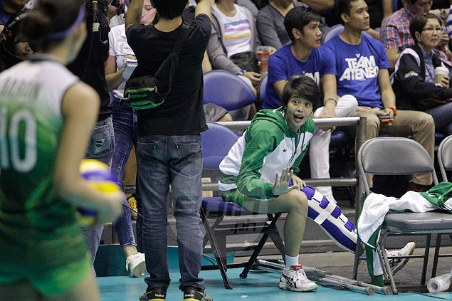 'Coach' Ara Galang says she'll never abandon embattled La Salle Lady Spikers