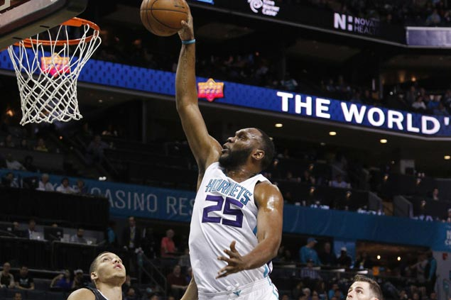 Hornets swarm Magic to post best regular season finish in 16 years
