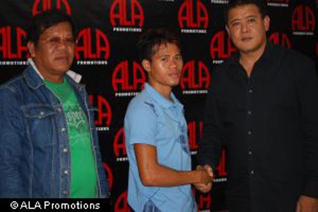 Ex-amateur star Saludar makes awaited pro debut
