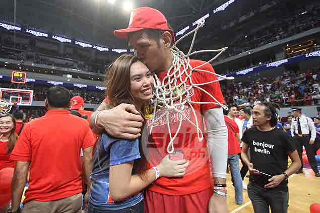 June Mar Fajardo given break of up to three weeks to fully recover from knee injury