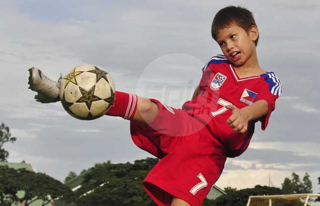 Andres Aldeguer has natural flair for scoring goals like dad Dino - but in different sport