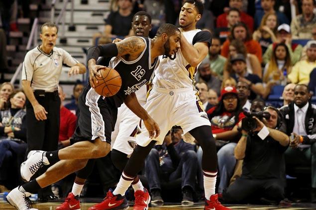 Aldridge, Leonard score 21 of Spurs' 26 fourth quarter points to put away pesky Pelicans