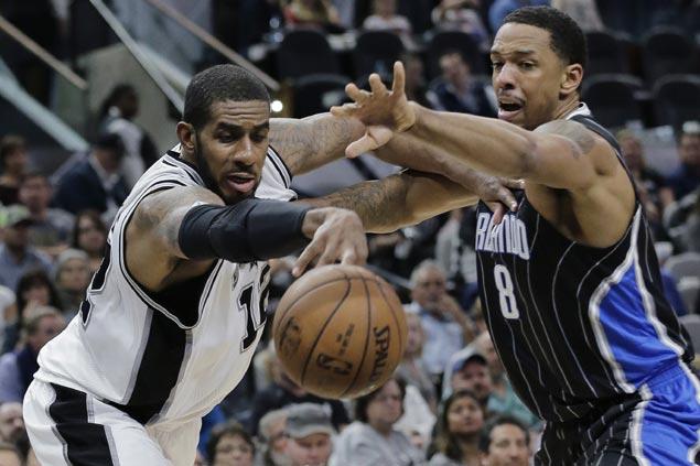 LaMarcus Aldridge, San Antonio pummel Orlando as Spurs extend unbeaten home streak to 26