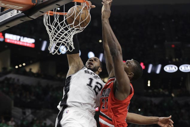 Spurs notch second-best home start to a season with dominant win over Blazers