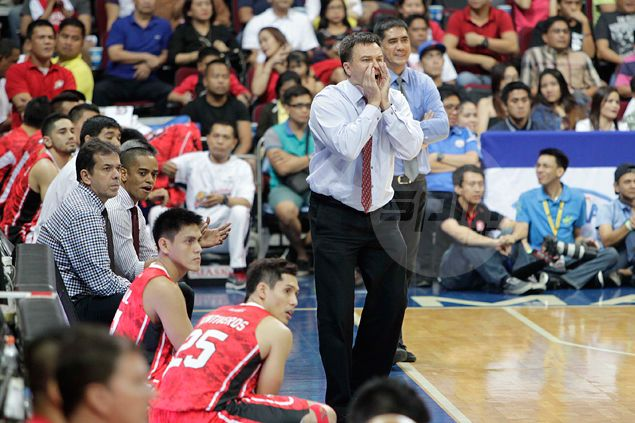 Alaska coach Compton rues decision not to call timeout at height of Ginebra breakaway