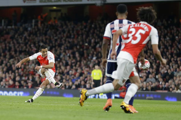 Alexis Sanchez bags brace as Arsenal blanks West Brom to nab third spot