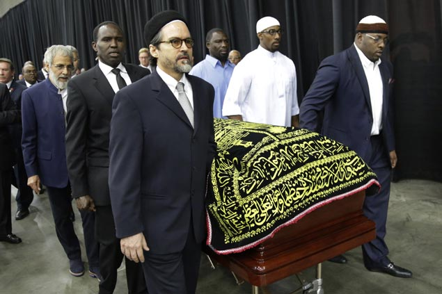 Dignitaries, fans of all faiths, ages gather to remember Ali as icon who pushed for unity