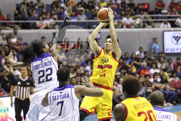 Allein Maliksi's 29 points, six treys pump life back into Star in win over Tropang TNT