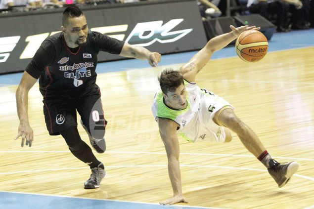 GlobalPort rips Blackwater for first back-to-back victories under coach Pido Jarencio