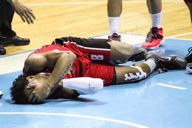 Calvin Abueva quick to shrug off elbow from Ryan Arana: 'Di maiiwasan 'yung pisikalan'