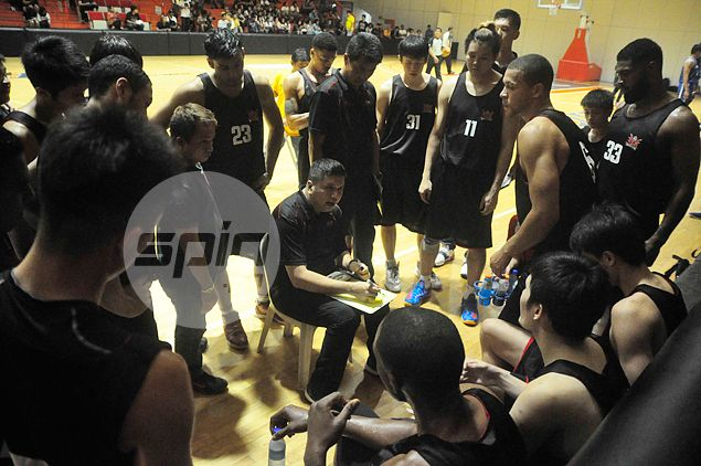 New coach Ariel Vanguardia to start from scratch as he plots rise of the Phoenix