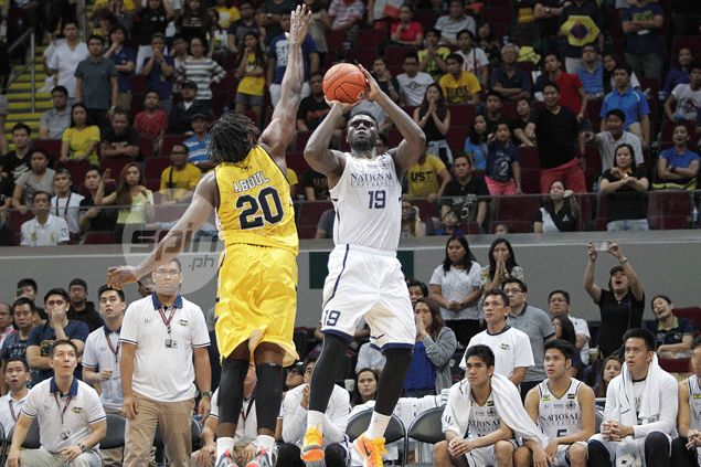 Alfred Aroga comes through in the clutch as reigning champs Bulldogs finally win one over Tigers