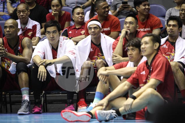 SMB coach giving Arwind Santos all the time to grieve over mother's death