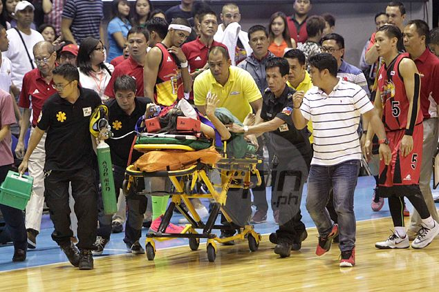 Arwind Santos' mother rushed to hospital from Big Dome due to medical emergency