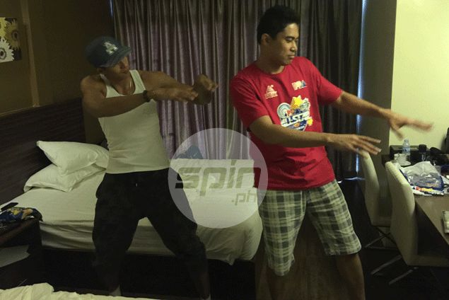 Irony not lost on rivals Arwind Santos, Ranidel de Ocampo as they end up PBA All-Star roommates