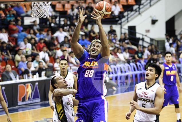 Asi Taulava finds no joy as highest-scoring game in eight years goes for naught