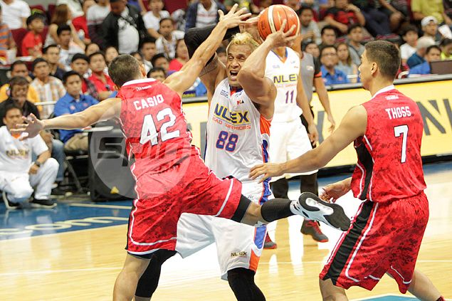 NLEX on the road to recovery, snaps two-game skid by silencing Alaska guns