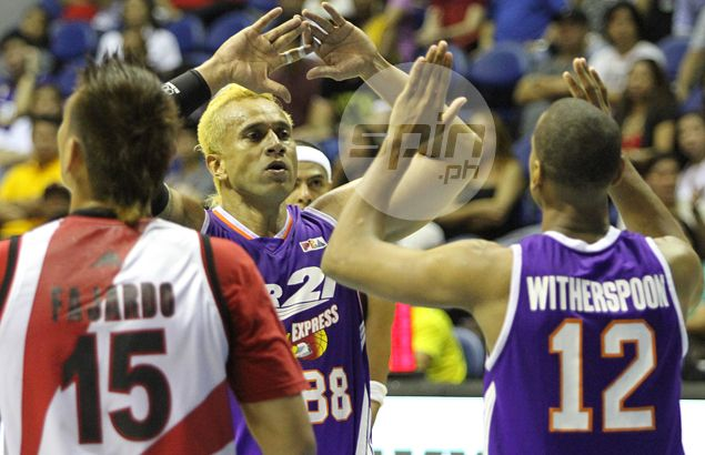 NLEX signs Asi Taulava to two-year, maximum salary deal worth P10 million