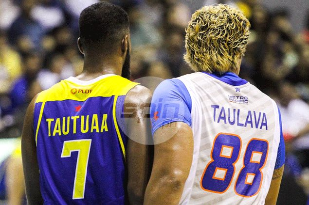 'Lolo' Asi Taulava takes top rookie pick Mo Tautuaa to school in first head-to-head showdown