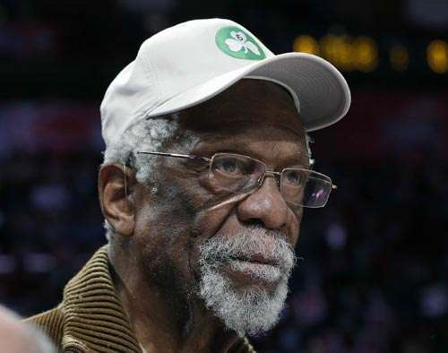 Bill Russell receives NBA's first Lifetime Achievement Award