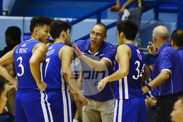 Ateneo Blue Eagles beat Falcons handily despite Tab Baldwin leaving game early