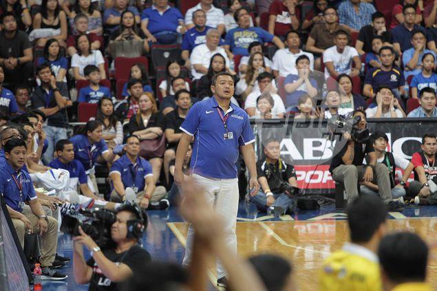 MVP plays down pressure on Bo Perasol; Joe Lipa says Ateneo coach needs more time