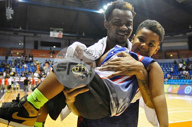 Dioncee Holts' mini-me serves as his lucky charm and critic rolled into one