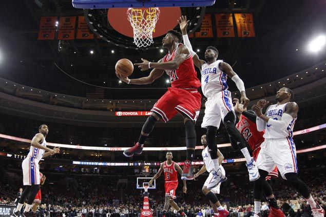 Jimmy Butler's career-high 53 help Bulls erase 24-point deficit to defeat Sixers in OT